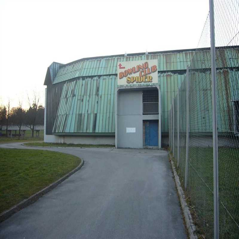 vhod-bowling-spider-parkirisce